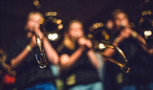 Blåsorkestern Windband från Falun åker på musikernas egen festival MusikRUM