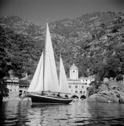 daphne-vid-san-fruttuoso-nara-portofino-1949_ovriga.jpg