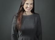 """Ny isande kriminalroman av den isländska succéförfattaren Yrsa Sigurdardóttir – """"Upprättelsen"""" släpps idag"""