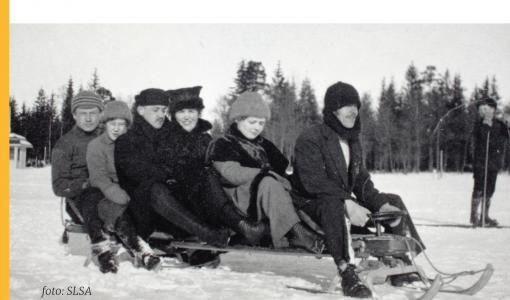 """Lingsofts gåva till hundraåriga Finland: Fred Karlssons nya verk """"Finlands språk 1917–2017"""""""